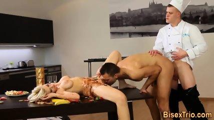 Slut Gets Bisex Cumshot