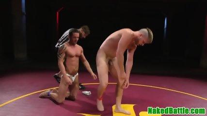 Muscular hunk gets cocksucked after wrestling