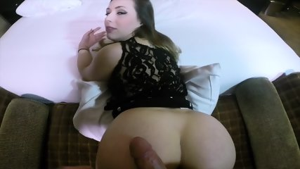 A Girl With An Incredible HOT Big Ass - scene 1