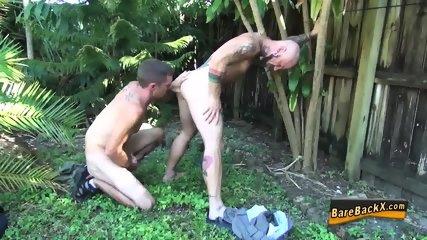 Amateurs Suck N Bareback