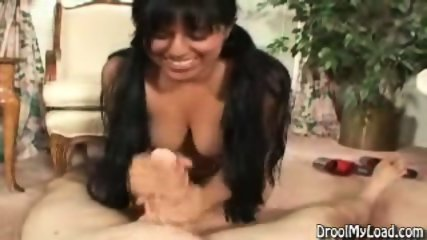 Another horny Latina - scene 10