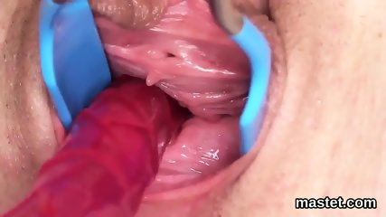 Wicked czech girl gapes her narrowed pussy to the bizarre