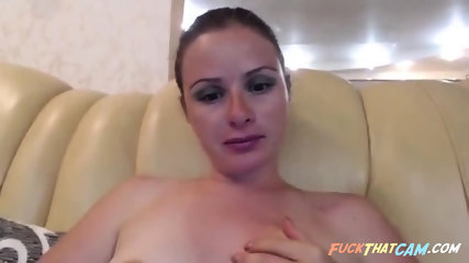 Sexy blonde teasing and seducing while rubbing her cunt in front of cam