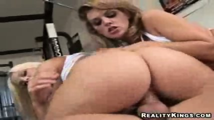 Bubble butt riding a cock - scene 7