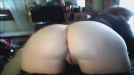 Hot Perfect Ass On HD Webcam - scene 9