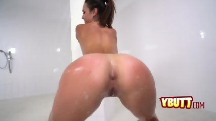 Sizzling hot brunette sucks and takes a hard doggy style fuck