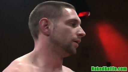 Submissive hunk asslicked after wrestling
