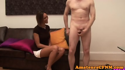 CFNM milf gives an outstanding handjob