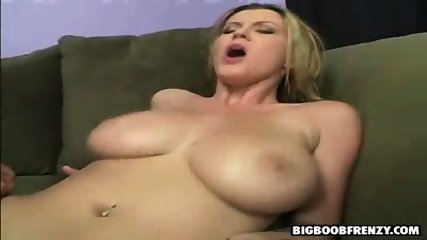Sara gets wet and fucks her neighbour - scene 8