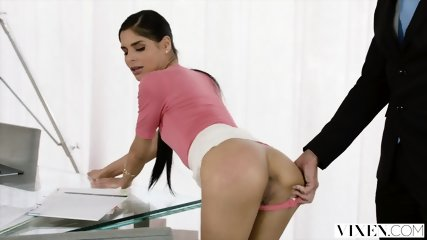 VIXEN Bad Intern Begs To Be Punished By Her Boss - scene 3