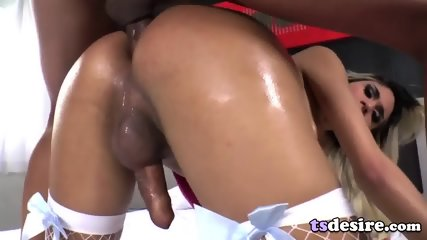 Lovely Tgirl Britney Colucci Craves Anal Sex