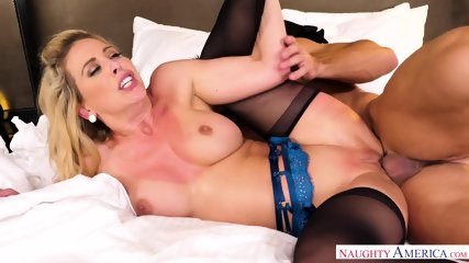 Housewife Loves Hardcore Sex - scene 8
