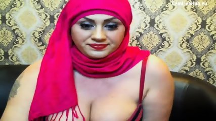 arabic milf chubby waitin for cock two