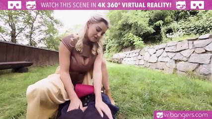 VR PORN - Game Of Moans (A XXX VR Parody)