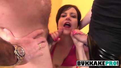 Skinny hoe sucking cock and receiving cum all over her face Its not the first time for her