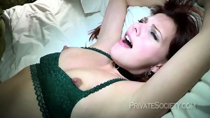 Naughty Girlfriend Enjoys Sex - scene 3