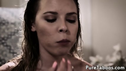 Nude natural beautiful women