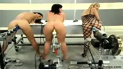 3 slut analised by fucking machines