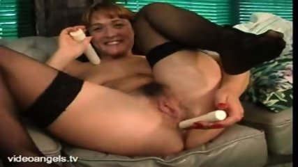 UK Babe Dildos Both Holes - scene 3