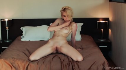 Blonde Amazing Solo - scene 9
