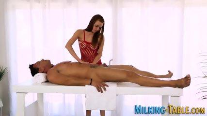 Teen masseuse sucking