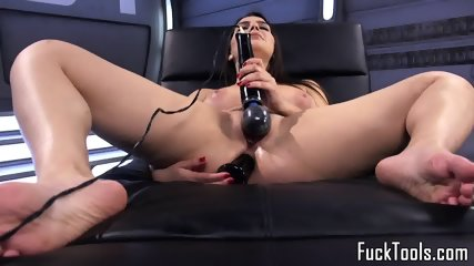 Busty Babe Fucked By Dildo Machine Close Up - scene 2