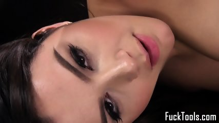 Busty Babe Fucked By Dildo Machine Close Up - scene 6