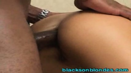 Beautiful Brunette Anal - scene 6