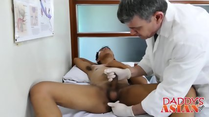 Freaky Asian twink Marcon fucks with big dicked mature Daddy