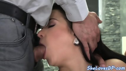 Gaping beauty double penetrated and jizzed