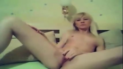 British Amateur Teen - Blonde Goes To Work On Her Pussy - scene 4