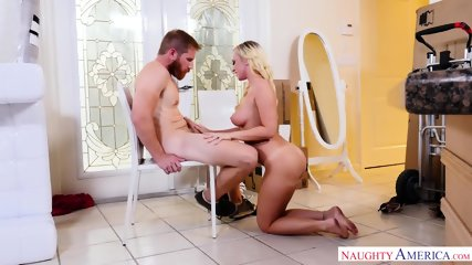 Quickie With Hot Housewife - scene 5