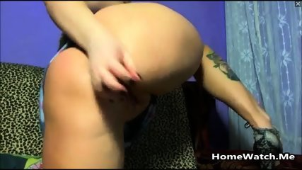 Teen With Nasty Wet Pussy Squirting All Over The Bed - scene 8