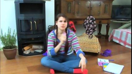 Ugly Webcam Girl Squirt - scene 2