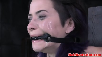 Bonded sub asphyxiated and feet punished - scene 6