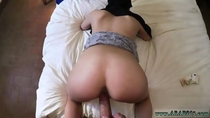 Arab couple at home 21 yr old refugee in my hotel apartment for sex - scene 4
