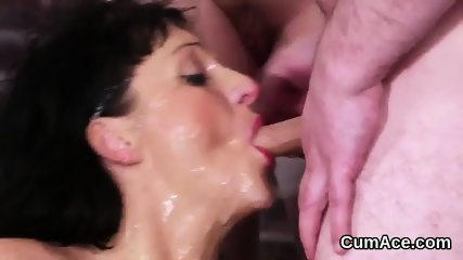 Flirty centerfold gets cumshot on her face swallowing all the charge - scene 10
