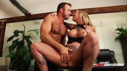 Hardcore Sex With Tattooed Blonde - scene 3