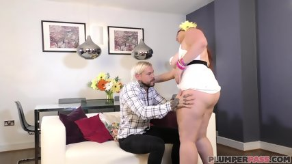 Big Redhead Private Dancer - scene 2