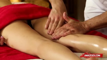 Tattoo girlfriend college creampie and facial