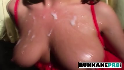 Hot redhead sucks cock who squirt cumshot all over her face
