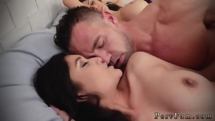 Hardcore college orgy bathroom Family Shares A Bed - scene 9