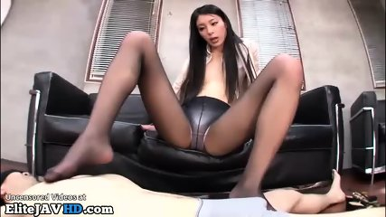 Japanese babe black pantyhose footjob