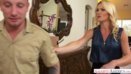 Mature Blonde Addicted To Sex - scene 2