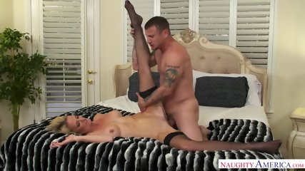 Mature Blonde Addicted To Sex - scene 7