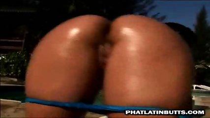 Dara, amazing latin butt - scene 11