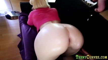 Big butt ho gobbles cock