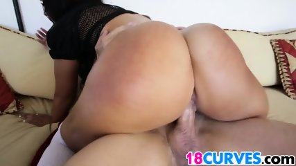 Ava Alvares Has A Beautiful Booty