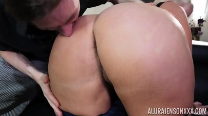 Taste Of Mommy's Round Ass - scene 5