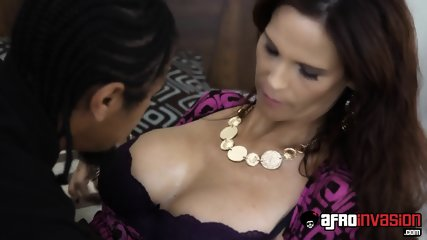 Housewife Jumps On Black Cock - scene 3